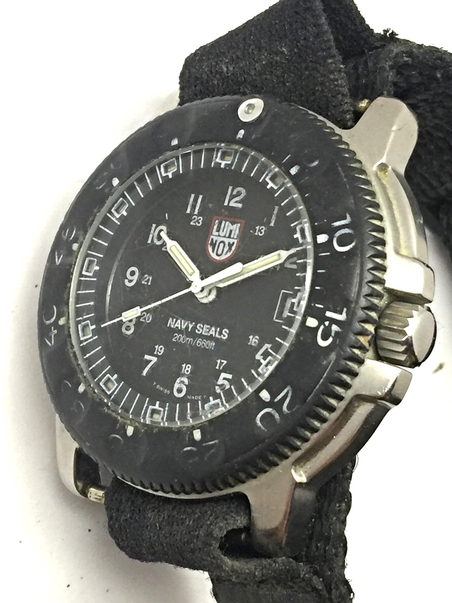 Luminox navy seals 200m steel case black velcro mens repair swiss watch 3hmbm ebay for Luminox watches