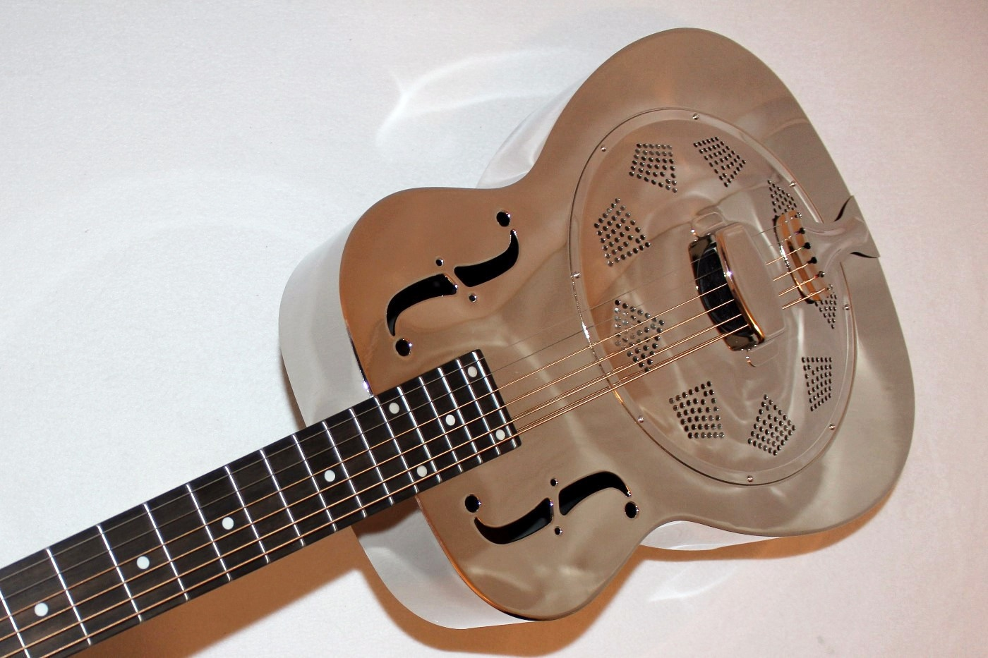 dobro hound dog m 14 metalbody nickel acoustic resonator guitar. Black Bedroom Furniture Sets. Home Design Ideas