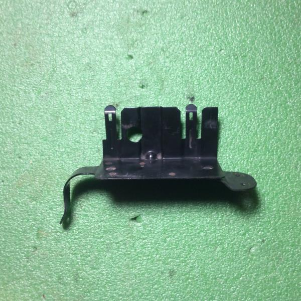 97 99 jeep wrangler tj power distribution fuse box bracket 303 666 9020