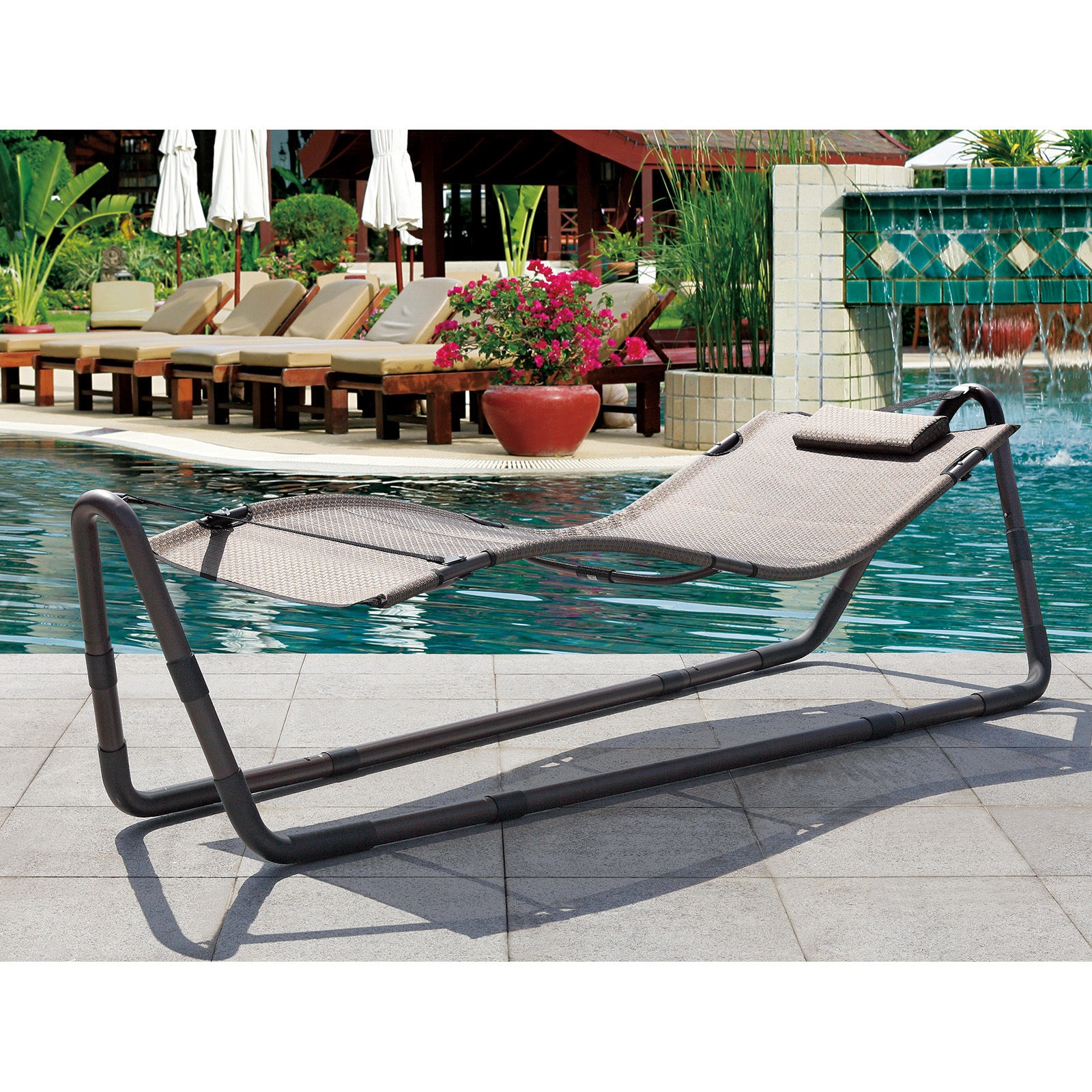 Modern outdoor patio hammock sun bed deck pool lounge chair for Garden pool loungers