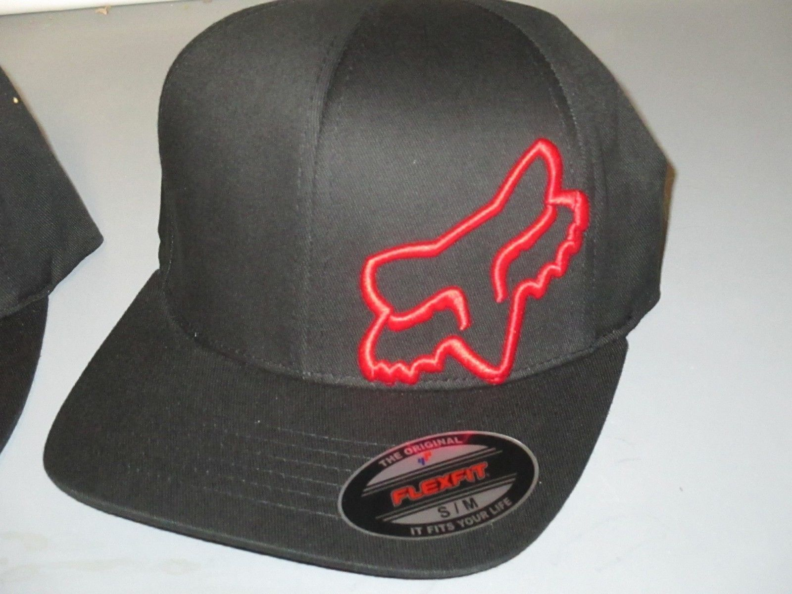 best sneakers 0fe24 a463d Fox Racing Home Bound Snapback Hat · Fox Racing Hats  Fox Racing Flex 45  Flex Fit Hat Cap Black Red 58379-