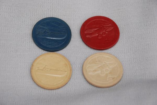 Antique Clay Poker Chips Set Amp Wood Caddy Embossed