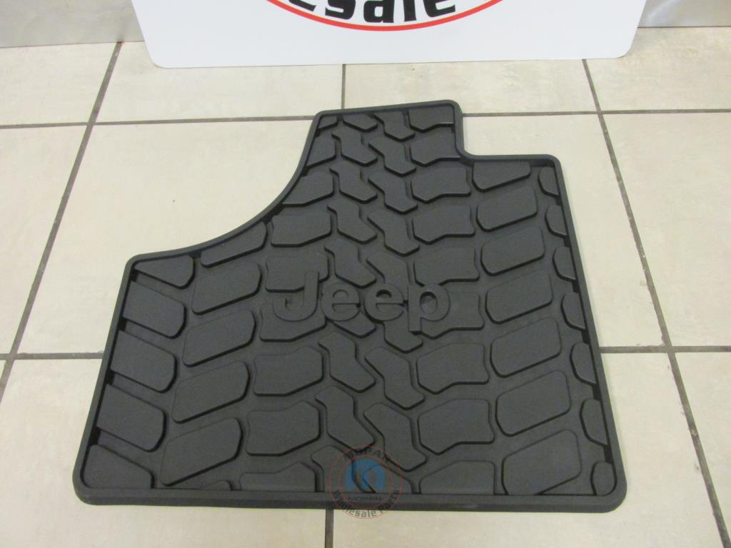 Floor mats jeep liberty 2012 - Part 82212591