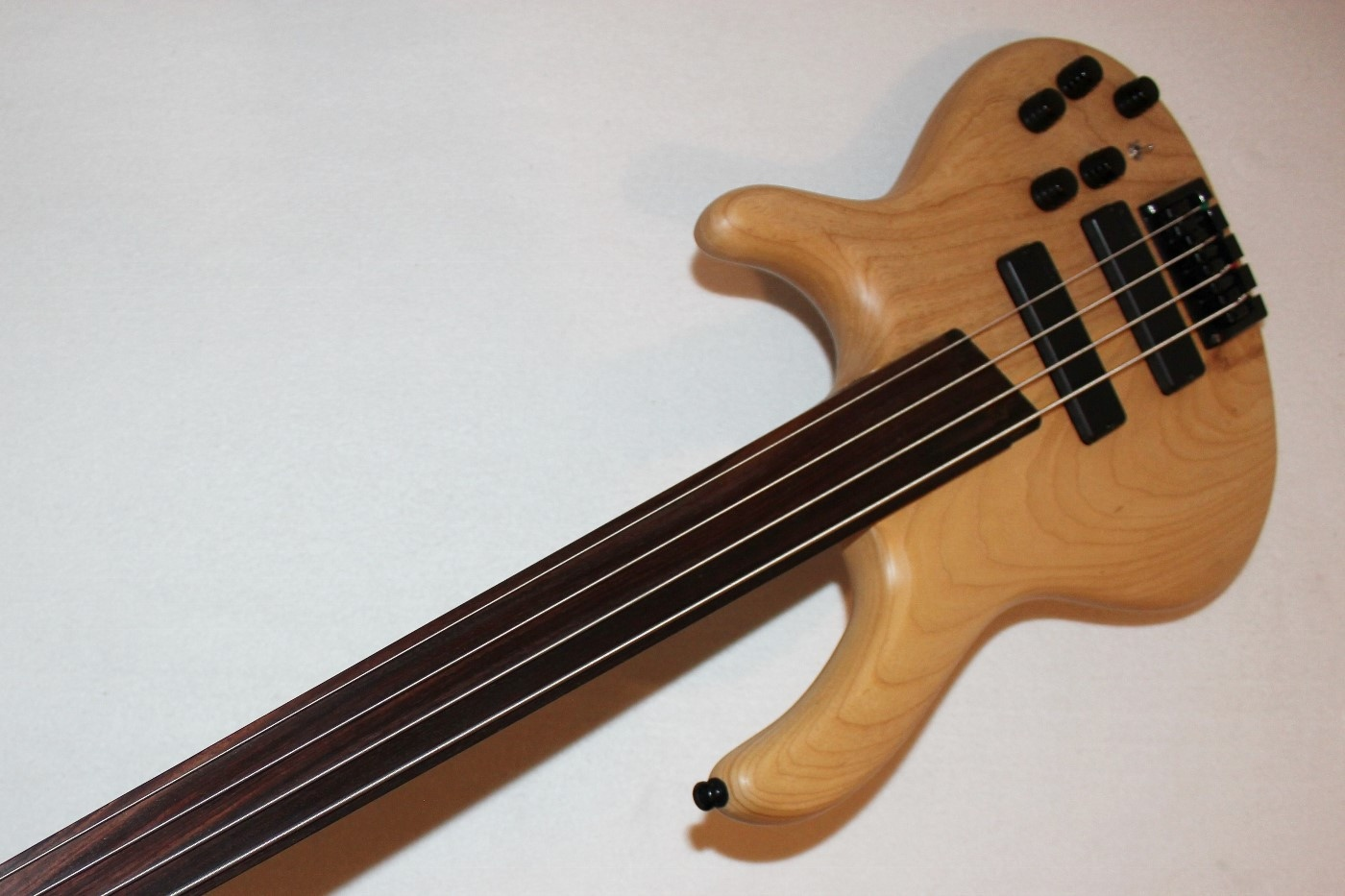 Sting Fretless Bass : cort artisan b4fl 4 string fretless electric bass guitar ~ Russianpoet.info Haus und Dekorationen