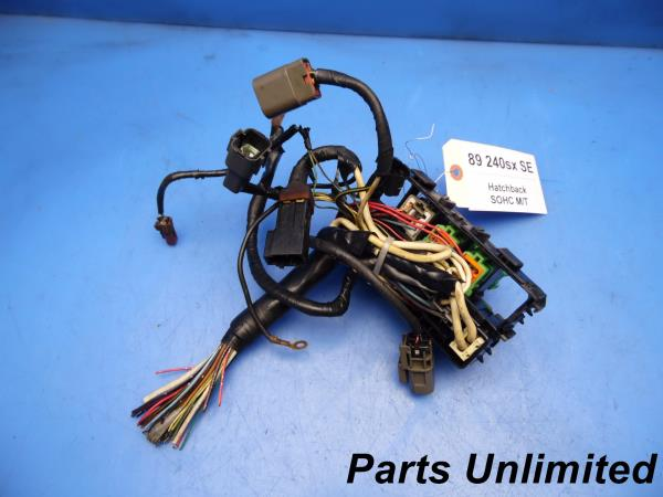 sam6304_600 89 94 nissan 240sx s13 oem under hood fuse box w fuses & relays Under Hood Fuse Box Diagram at crackthecode.co