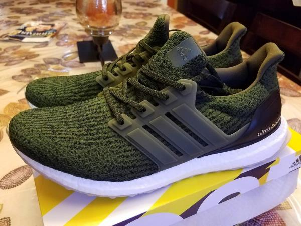 NEW Adidas Ultra Boost 3.0 TRACE OLIVE 100% Authentic Sz 10