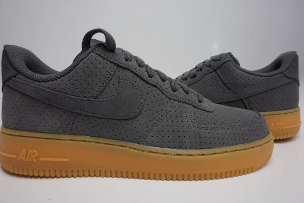 Nike Air Force 1 07 Grey