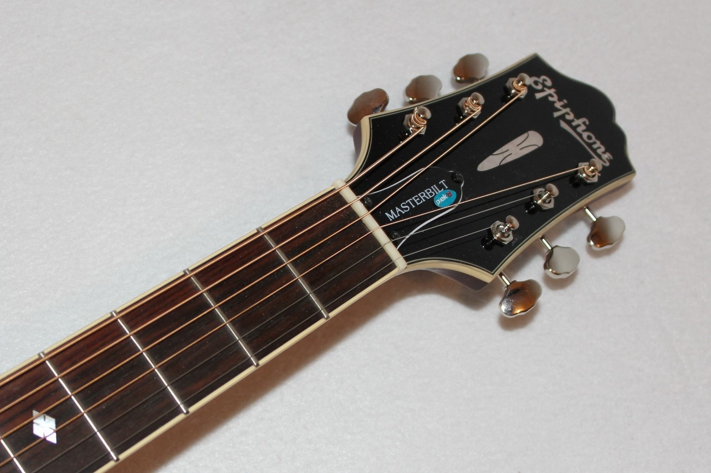 epiphone masterbilt dr 500mce acoustic electric guitar w case ebay. Black Bedroom Furniture Sets. Home Design Ideas