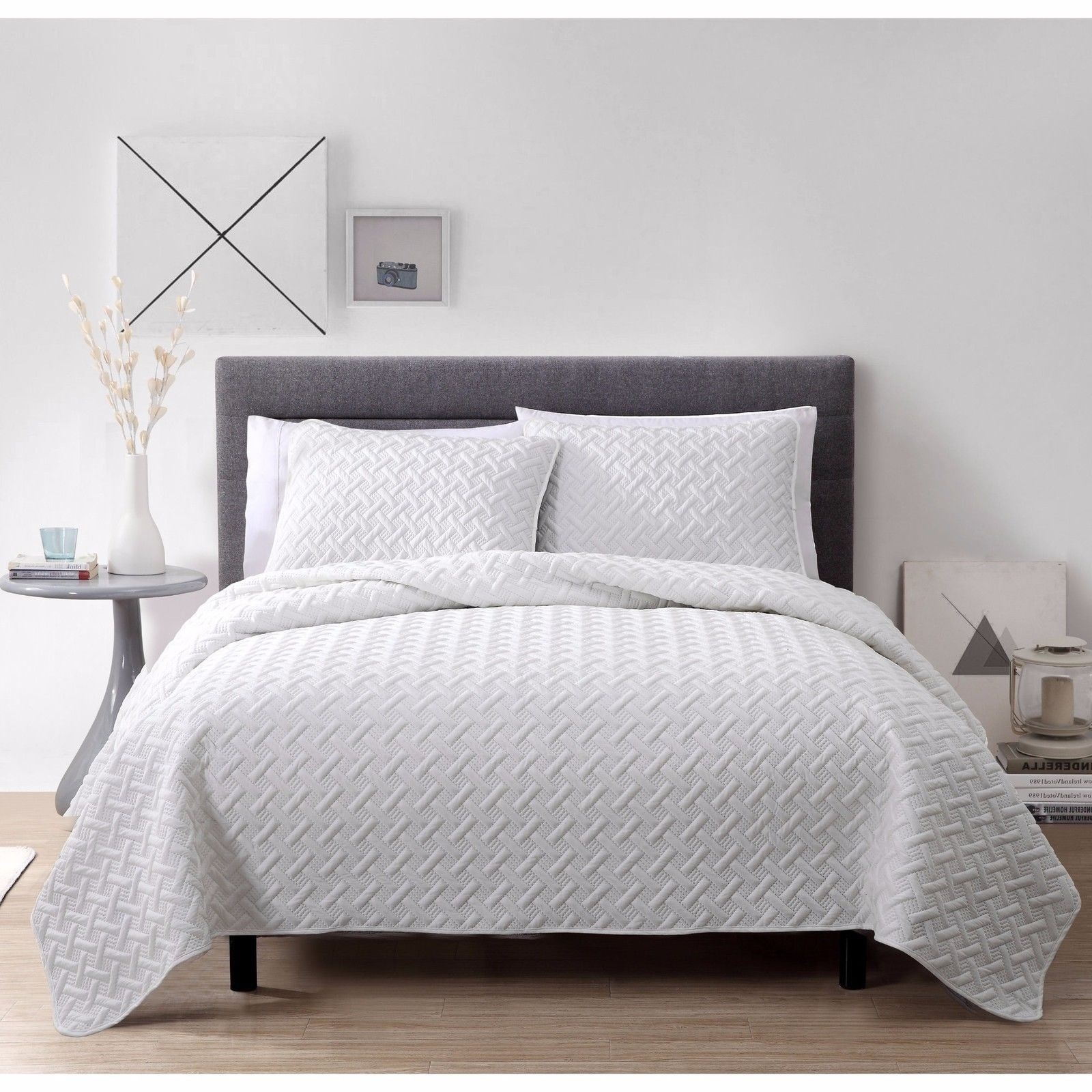 New twin full queen king size bed white 3pc quilt coverlet for King shams on queen bed