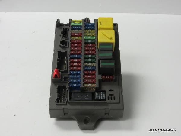 find 1999 2002 land rover discovery 2 interior fuse box. Black Bedroom Furniture Sets. Home Design Ideas