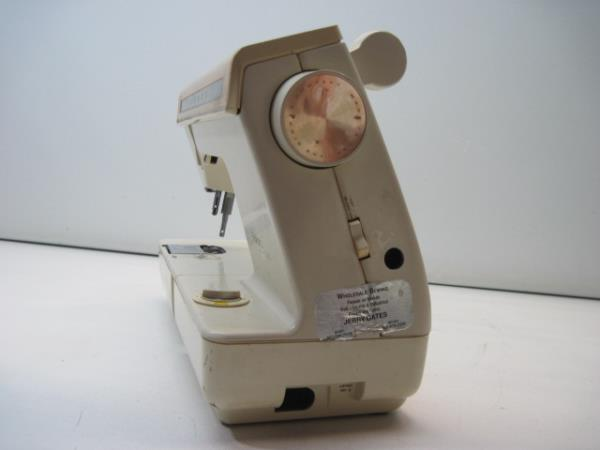 Weight Machine Replacement Parts : Singer futura industrial strength sewing machine for