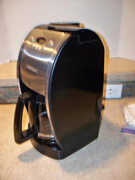 Cuisinart Grind and Brew 12 Cup Automatic Coffee Maker Model DGB-550 86279021915 eBay