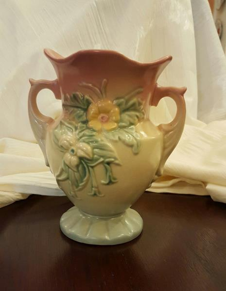 Vintage Hull Pottery Wildflower Two Handle Vase W 4 6 12 Excellent