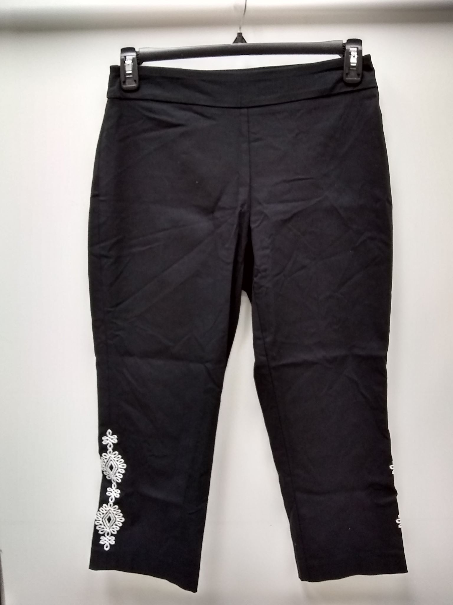 094849a62149e JM Collection Embroidered Capri Pants Deep Black S 887650644729