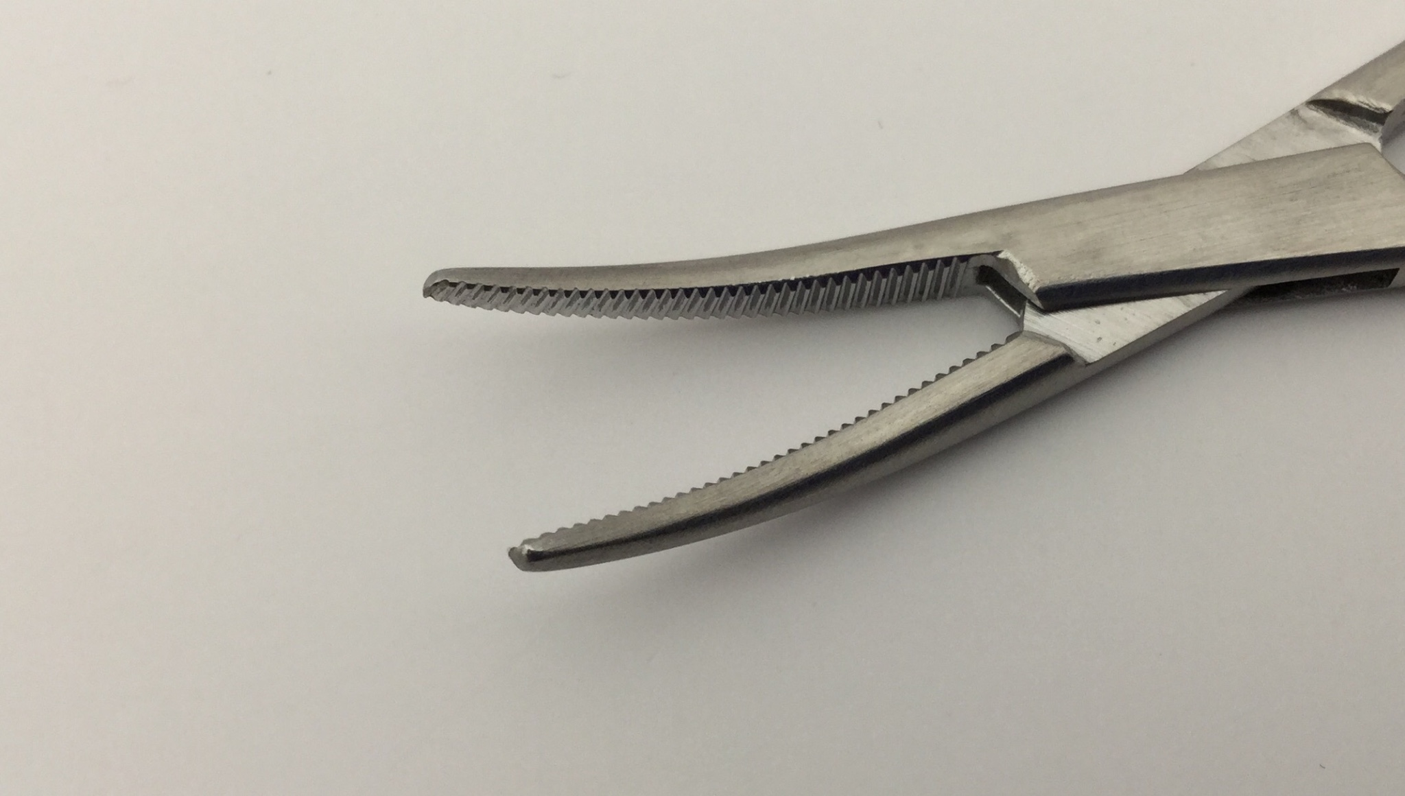Jarit 106-102 Curved Hartman Mosquito Forceps 5