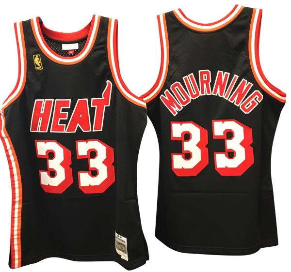 Official Mitchell   Ness USA product - imported from the USA exclusively  for our store. f124aaffa