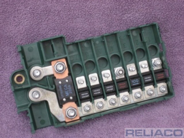bmw e39 5 series 1996 2003 e53 x5 boot mounted fuse box. Black Bedroom Furniture Sets. Home Design Ideas