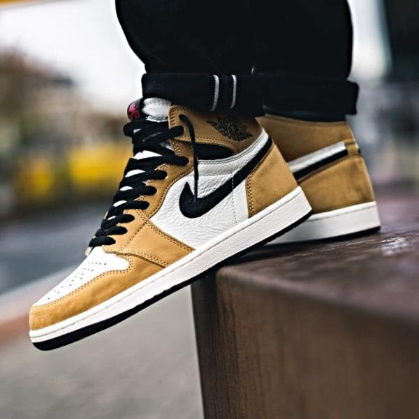 Nike Air Jordan 1 High OG Rookie Of The Year Gold Size 7