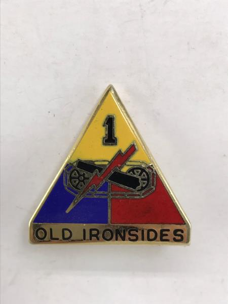 ARMY  PIN 1st ARMORED DIVISION