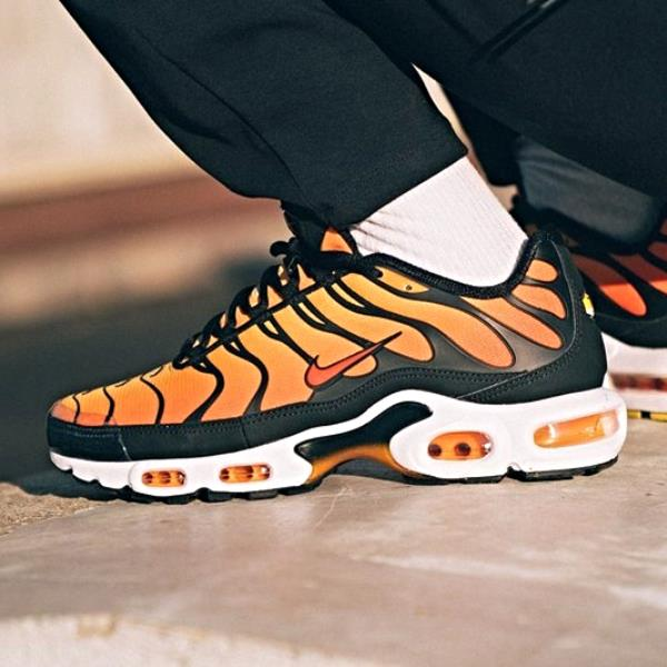 Details about Nike Air Max Plus OG Sunset Black Orange Size 6 7 8 9 10 11 12 Mens BQ4629 001