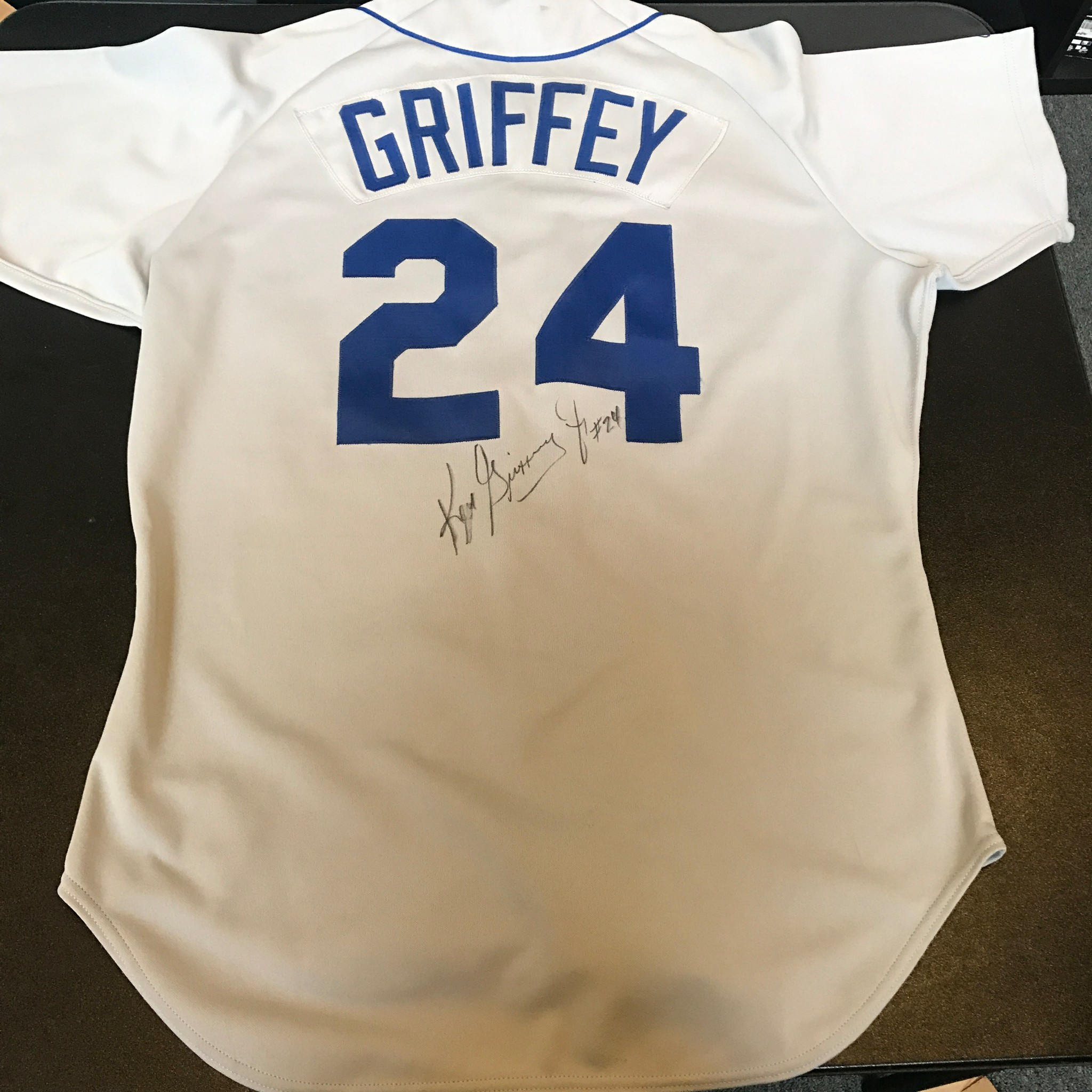 purchase cheap d8996 5a3da Details about 1991 Ken Griffey Jr. Signed Game Used Seattle Mariners Jersey  With JSA COA