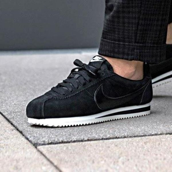 uk availability 4c509 a2dc4 spain black nike cortez suede bdb1a f7c11