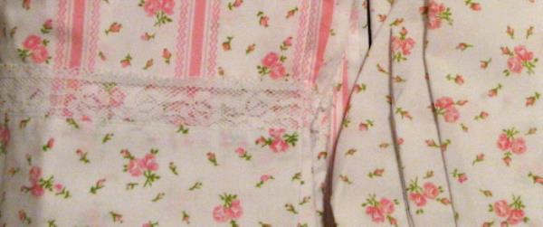 Details About VINTAGE BED SHEETS SET   PINK FLOWERS With LACE TRIM   TWIN  BED SIZE   NEVER USE