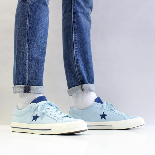 13a4ce02985a3f Sizing Note  This style of shoe runs 1cm larger than most other styles. eg  UK9.5   EUR43   28CM