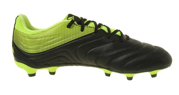 competitive price 51a64 81582 Adidas Soccer Shoes feature Lightweight, strategically placed mesh enhances  airflow for optimal comfort and breathability.
