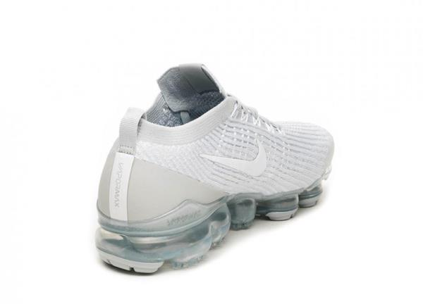 outlet store 13e11 5ce7e NIKE AIR VAPORMAX FLYKNIT 3 PURE PLATINUM White Size 8 9 10 11 12 Mens Shoes  AJ6. 100% AUTHENTIC OR MONEY BACK GUARANTEED