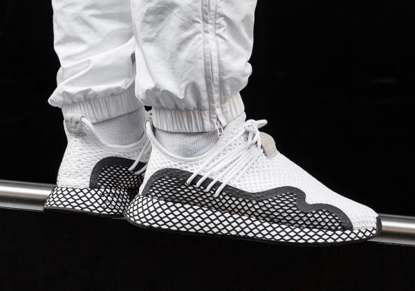 7e03f956113 Details about Adidas Deerupt S White Black Size 8 9 10 11 12 Mens Shoes  BD7874 NMD Ultra Boost