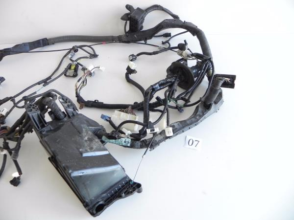 07 LEXUS IS250 IS350 ENGINE ROOM FUSE BOX WIRE HARNESS 8211153741 – Is250 Fuse Box Location