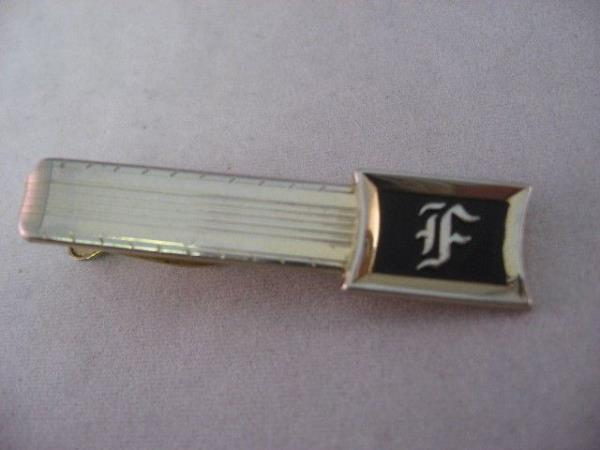 Letter F Initials Beautiful Calligraphy Made in USA Vintage Mens Jewelry Set Tie Clip Cufflinks