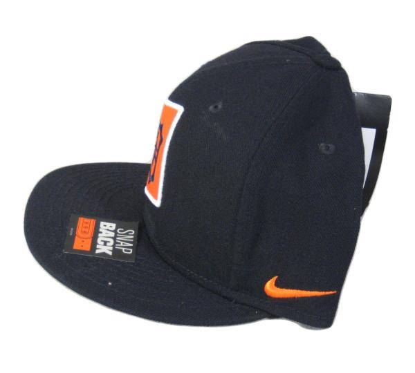 sale retailer 00a6b 008b8 ... Orange swoosh on right side, and large