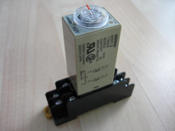 Details about Omron Delay-On Timer Time Relay 0.5~10sec 2-Pole 12VDC on