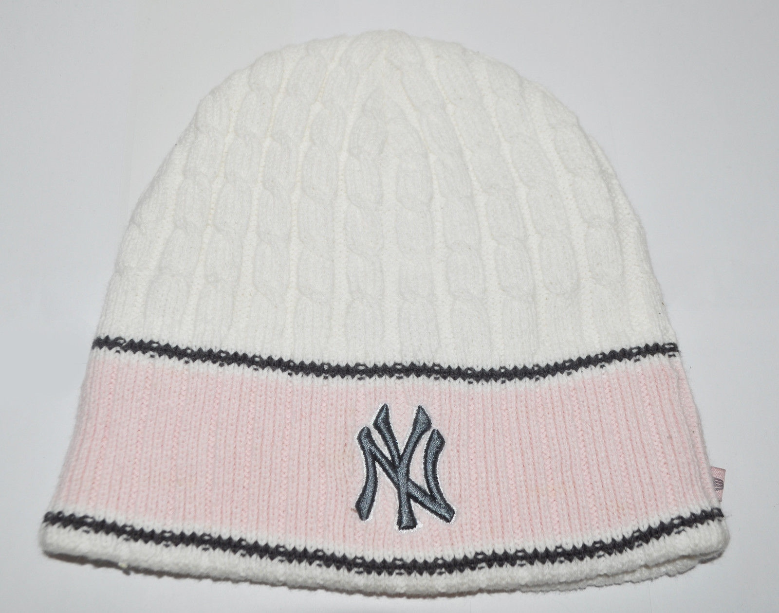 fefdb85083e New Era NY New York Yankees Beanie Hat (BH3283) 6012258304285