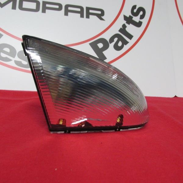 RAM 1500 2500 3500 Driver Side View Tow Mirror Turn Signal Light Lens New OEM