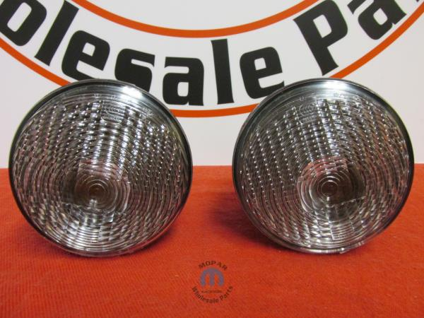 Jeep Wrangler JK Pair of Clear Park Turn Lamps Mopar OEM