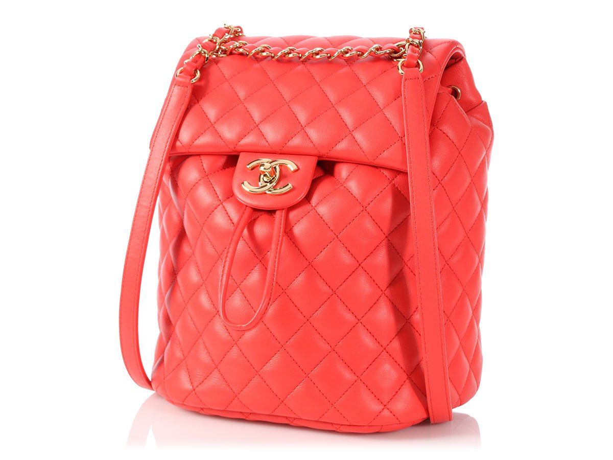 e638bc5a1060 CHANEL 2018 Medium Red Quilted Calfskin Urban Spirit Backpack Bag