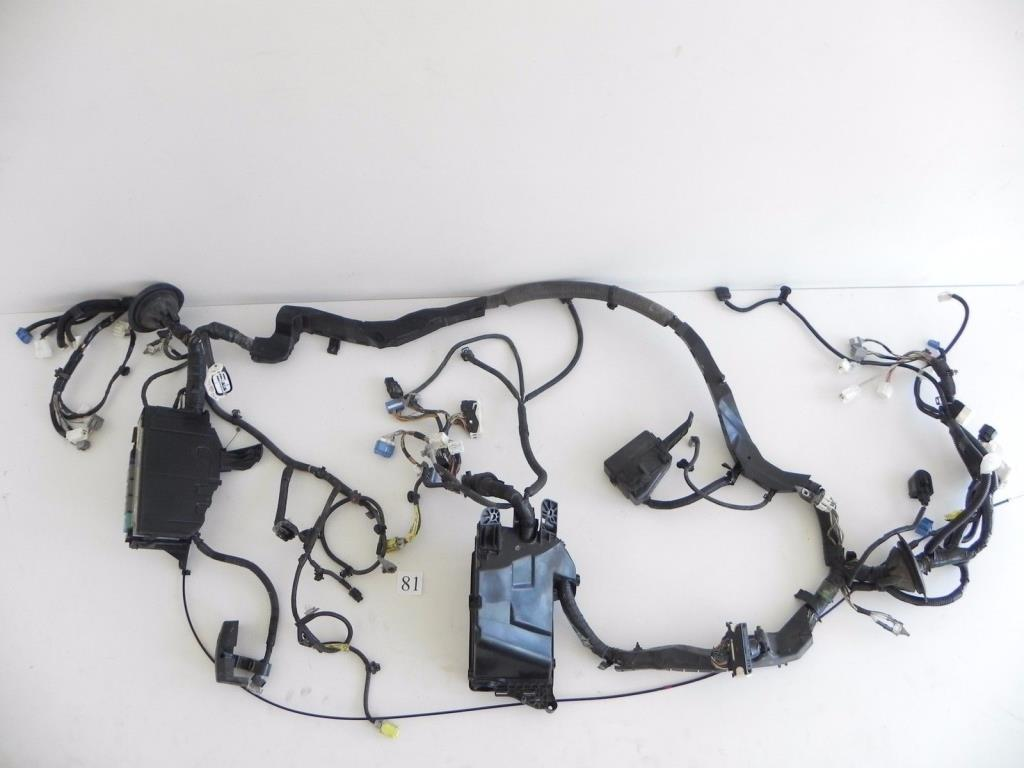 2006 LEXUS IS250 WIRE WIRING HARNESS ENGINE MOTOR FUSE BOX 82111-53700 296  #81