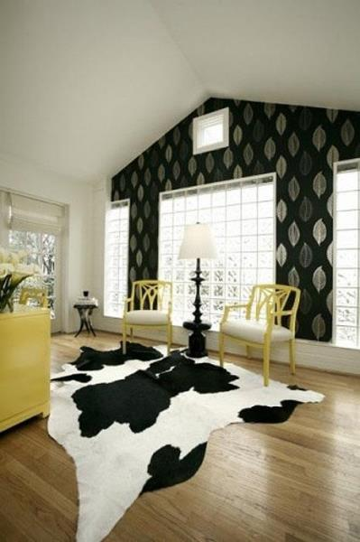 Cowhide Rug Black & White Hair on Hide