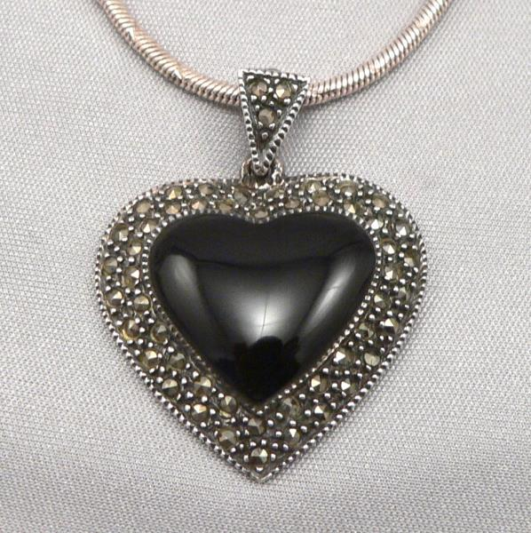 Sterling silver black onyx heart marcasite pendant on 24 snake this listing is for a sterling silver pendant that is detailed with a black onyx cabochon heart as well as several marcasites aloadofball Choice Image