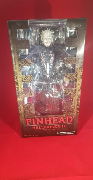 Details about Hellraiser III Hell on Earth 12″ Pinhead Mezco Figure