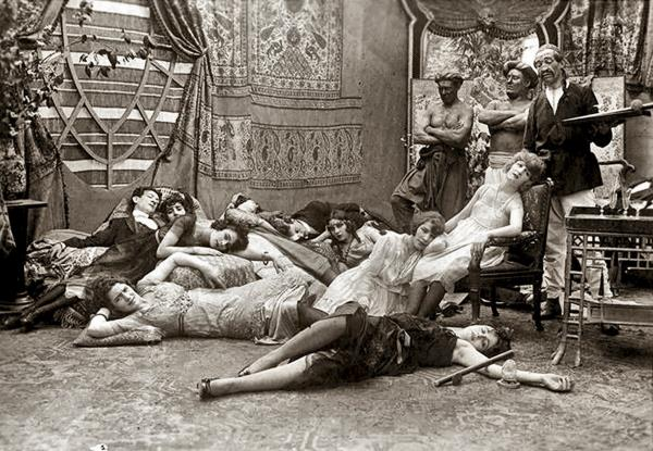 1918 FRENCH OPIUM PARTY Photo 178-V