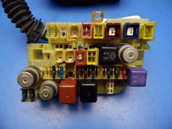 96 97 lexus sc400 oem under hood fuse box w fuses relay \u0026 diagram Hyundai Fuse Box please note, the compatibility feature from ebay is only to be used as a reference guide for possible fitment applications buyer must match part number