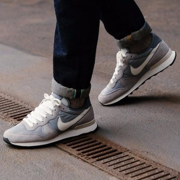 new style 556bf 5931e Details about Nike INTERNATIONALIST GREY WHITE Mens Sneaker 828041-015