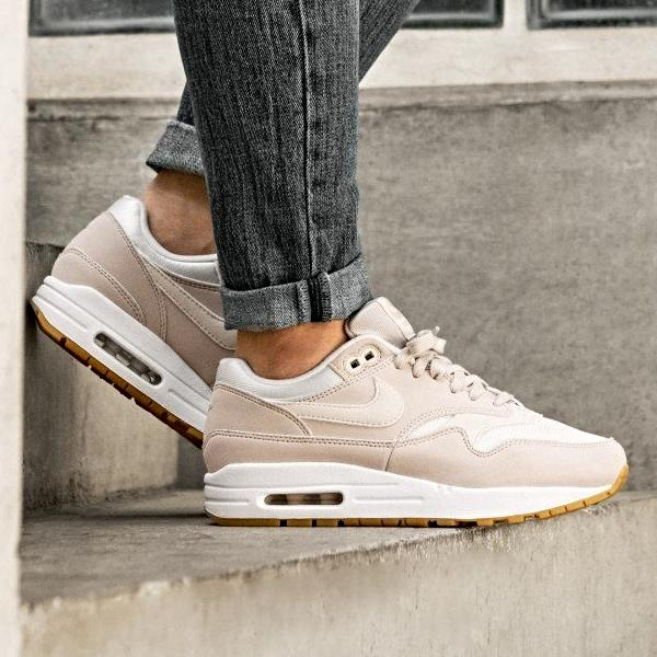 buy online 305d6 c6116 Nike Air Max 1 Sneakers Desert Sand Size 6 7 8 9 Womens Shoes New