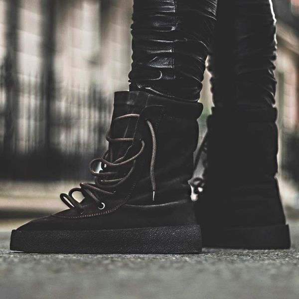 454eaede5b7 YEEZY SEASON 4 crepe boots oil us size 6-12 100% authentic new  SHIPS NOW