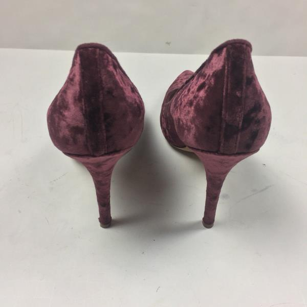 a652b8f87d20 Monique Lhuillier Heels Velvet Burgundy Pumps Classic Luxury ...