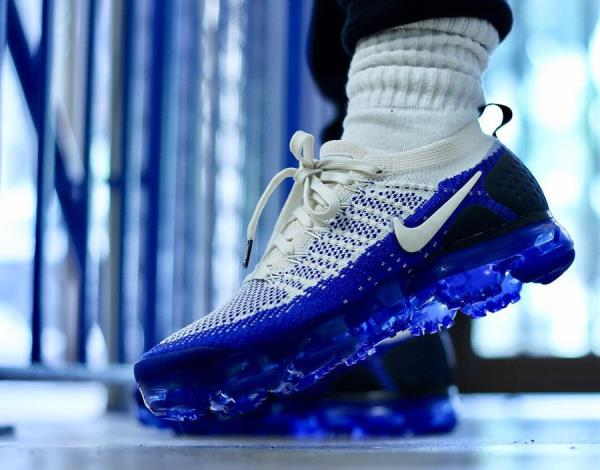 a55079903e7 Nike Air Vapormax Flyknit 2 Sneakers Racer Blue Size 8 9 10 11 12 Mens Shoes